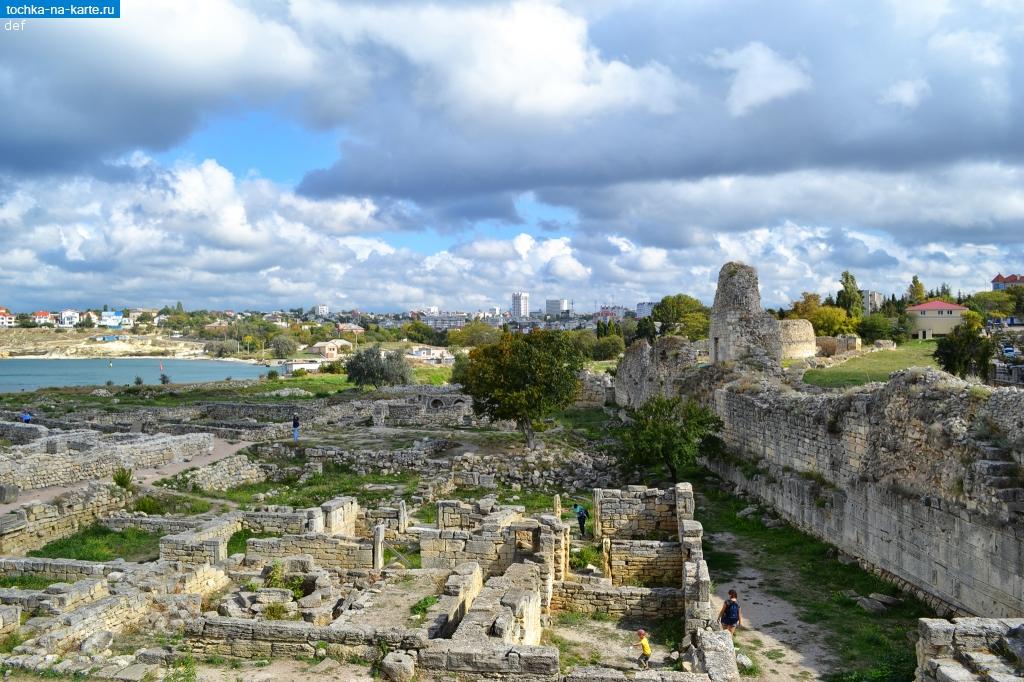 Фото оборонительной стены, Херсонес Таврический