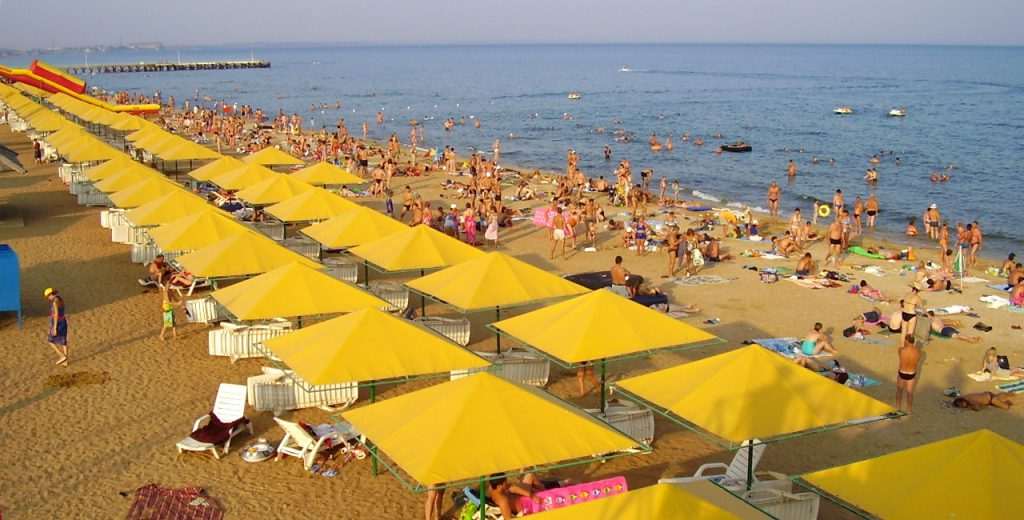 Золотой пляж Феодосии входит в топ лучшие пляжи Крыма