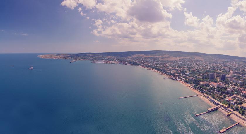 Фото с высоты современной Феодосии