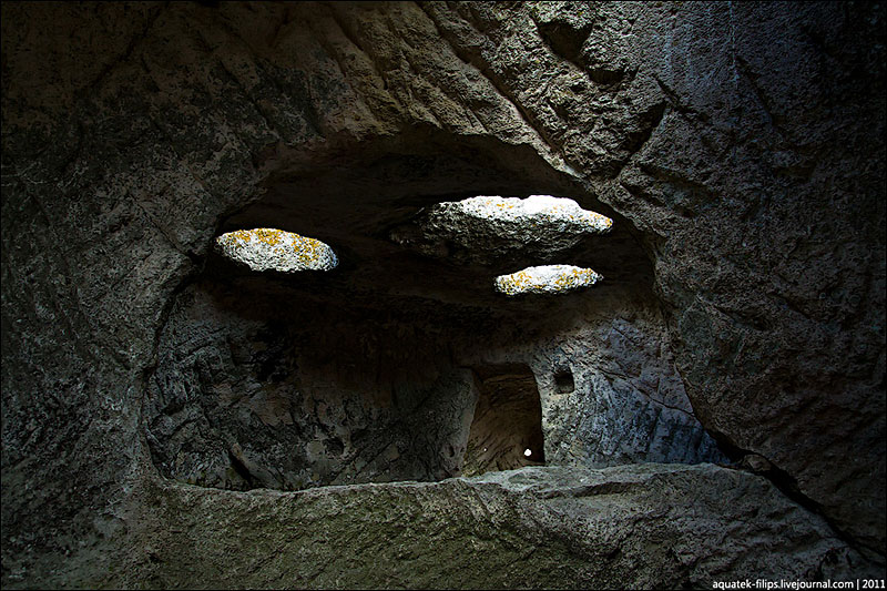Фото пещерных сооружений, жизнь на Эски-Кермене