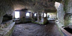 Изображение: храмы Тепе-Кермен