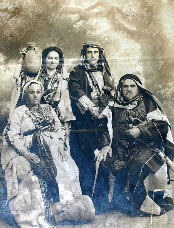 Старинное фото караимов, караимизм