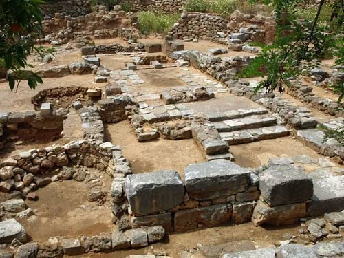 Фото: городище Керкинитида и её руины