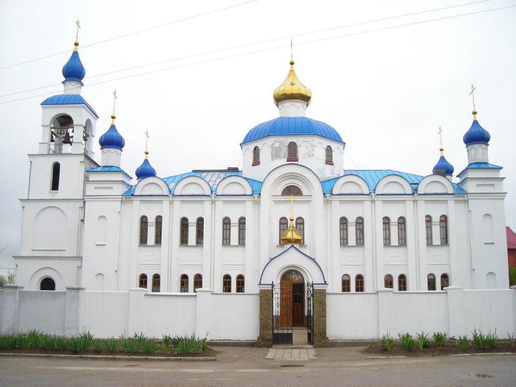 На картинке показан храм Рождества Пресвятой Богородицы