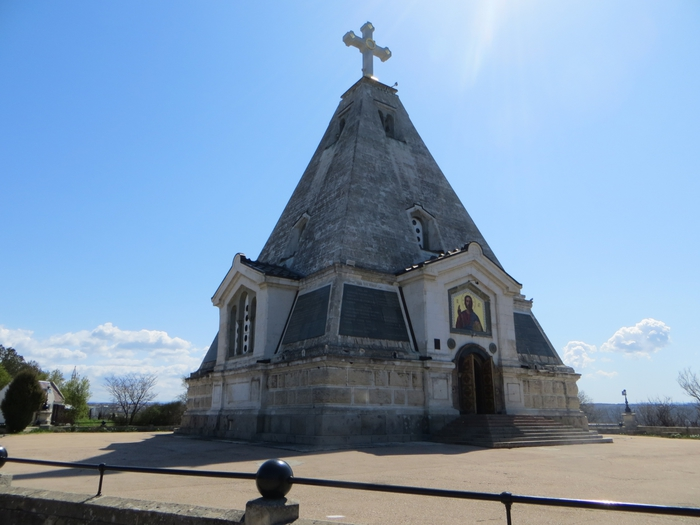 На картинке храм Николая Чудотворца