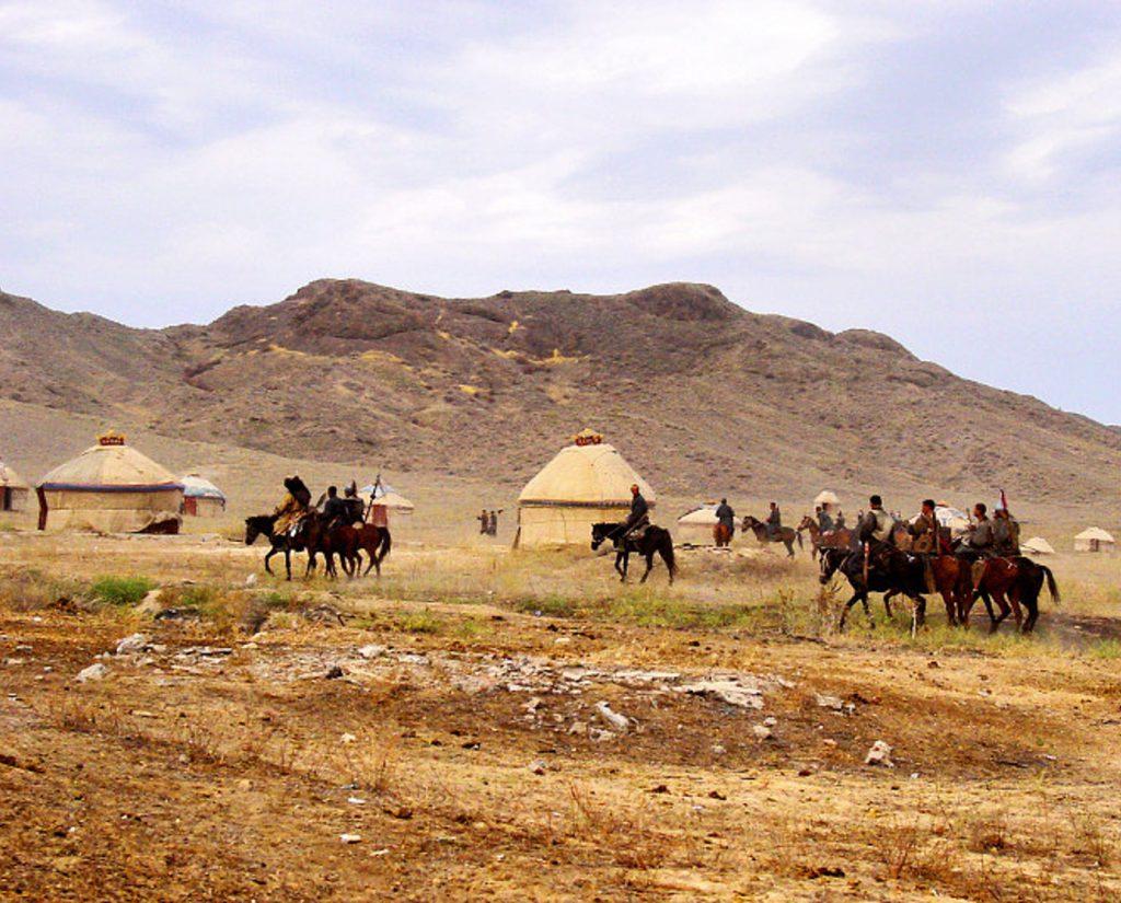 На картинке образно показано вторжение монголо-татар в Крым