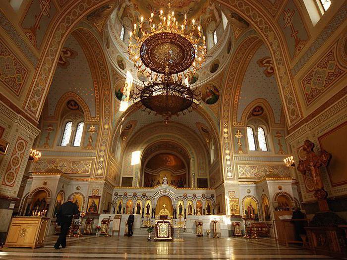На фото Владимирский собор - топ 5 православных храмов Севастополя