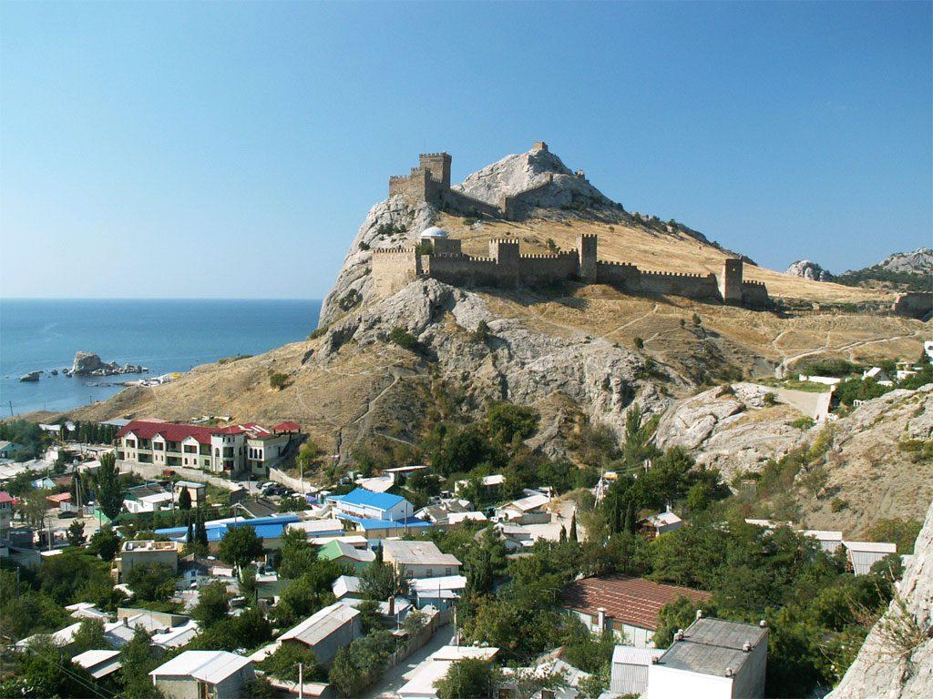 Генуэзская крепость - фотография
