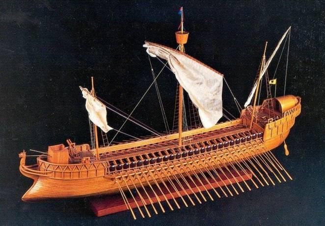 Картинка, показывающая типы судов в Херсонесе в Римский период