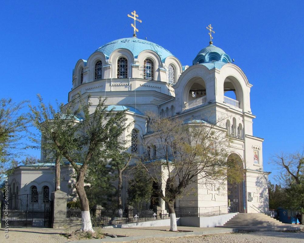 На фото: собор святителя Николая, архиепископа Мир Ликийских, чудотворца
