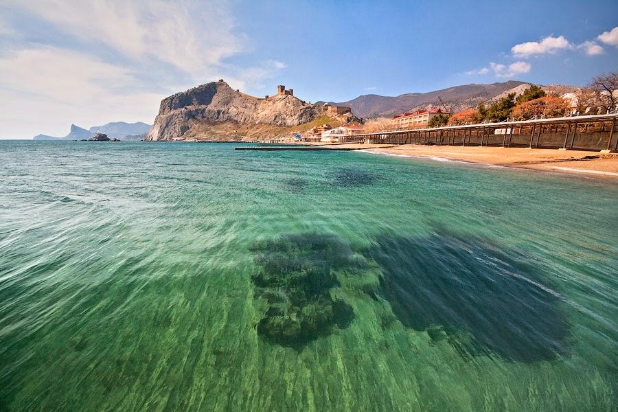 На фото показана Судакская акватория