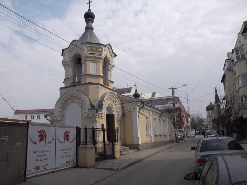 Храм Константина и Елены на любительской фотографии