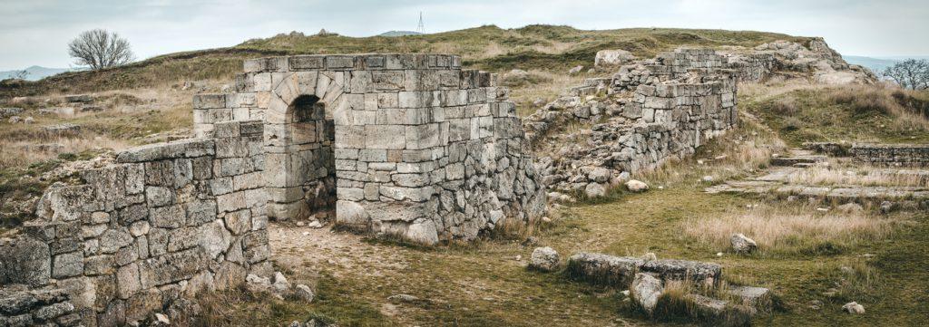 На фото руины Боспора