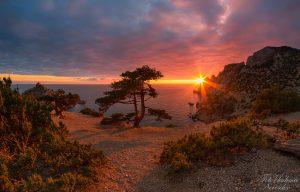 Фото заката на юго-востоке Крыма